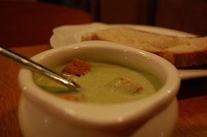 By stu_spivack (butter lettuce soup) [CC BY-SA 2.0 (http://creativecommons.org/licenses/by-sa/2.0)], via Wikimedia Commons
